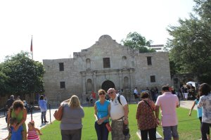 Greetings from San Antonio-- Remember the Alamo!!_5488588043851685649_Photo